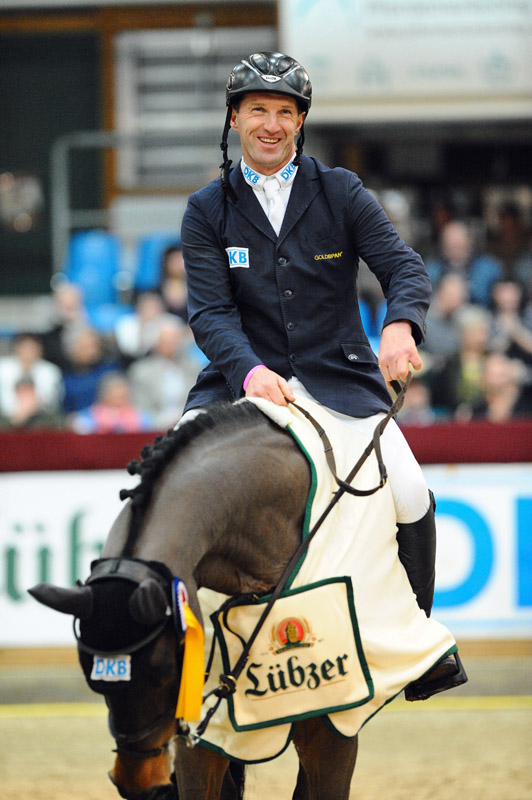 Pausin Jumping & Pony-Trophy: Holger Wulschner am Start